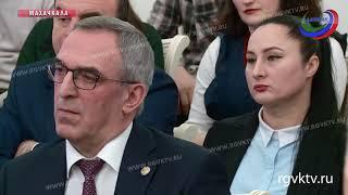 Итоги текущего года и планы на 2019 обсудили на совещании главы Республики