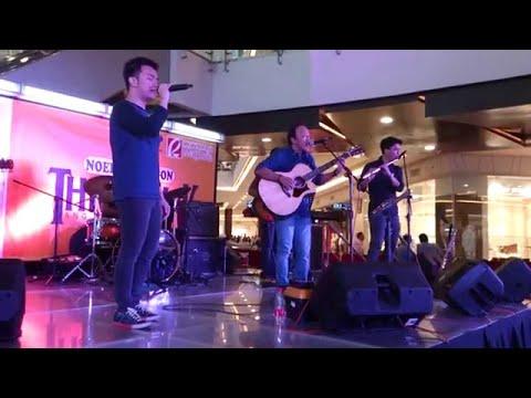 Noel Cabangon - Batang-Bata Ka Pa (Official Live Performance Video @ Robinsons Magnolia 01/24/15)