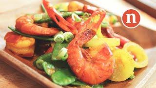 Stir-Fried Prawns with Turmeric | Udang Goreng Kunyit [Nyonya Cooking]