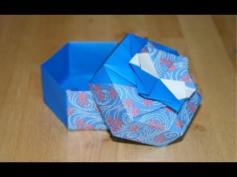 Christmas Origami - Hexagonal gift box