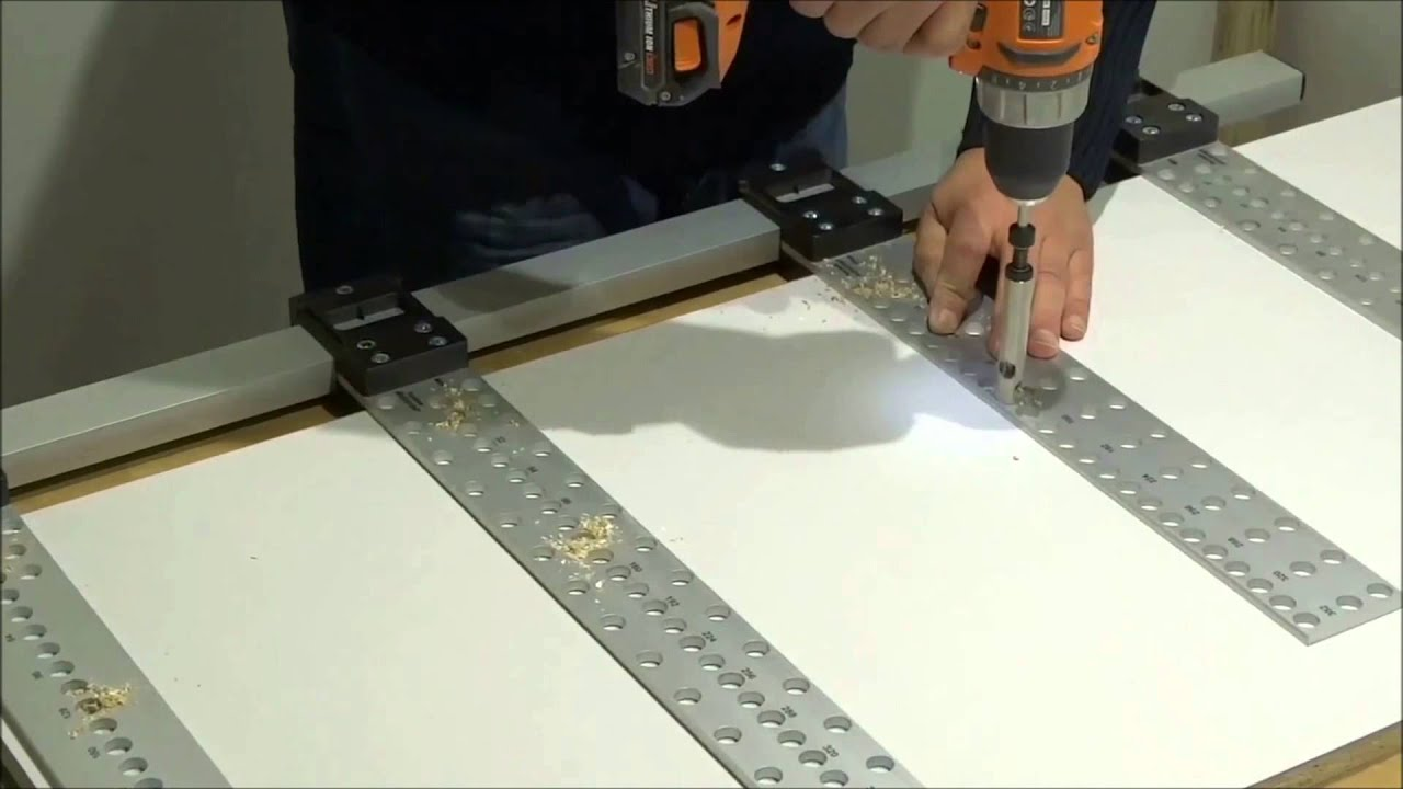 Demo fabriquer une armoire avec les gabarits assistent youtube - Fabriquer caisson armoire ...
