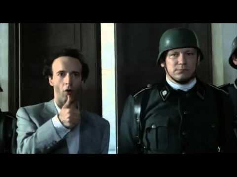 En Güzel Film Sahneleri: Hayat Güzeldir, Aranızda Almanca Bilen Var Mı?