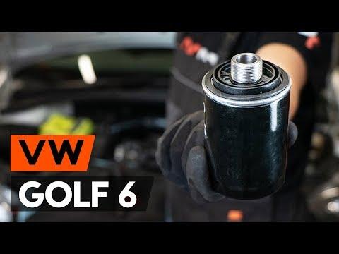 Как заменить моторное масло и масляный фильтр на VW GOLF 6 (5K1) [ВИДЕОУРОК AUTODOC]