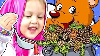 МАША И МЕДВЕДЬ Варим Варенье из шишек Подготовка к зиме Маша варит варенье Мультик Маша и Медведь