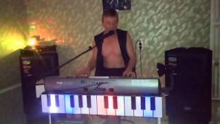 Видео 28 Игорёк -  букет из белых роз -