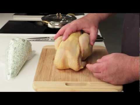 poulet-farci-sous-la-peau.-petits-produits,-grande-cuisine.-editions-sudouest