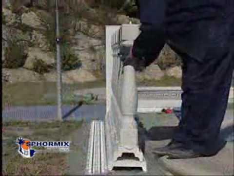 Montaje de balaustrada de balaustres de hormig n sphormix for Escalera piscina bricodepot