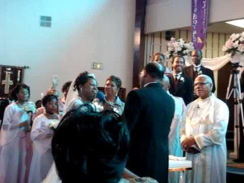 BARBARA JACKSON ND ELDER SAMUEL SAGO WEDDING..!!! SINGING TO EACH OTHER