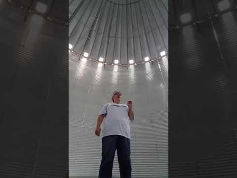 Hoss Michaels - WATCH: Woman Sing How Great Thou Art Inside Grain Bin