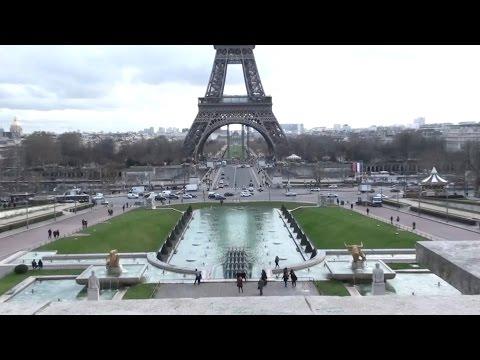 tour-eiffel-vue-du-trocadéro-;-champs-de-mars-;-pont-d'iéna-;-quai-branly-;-paris-;-france