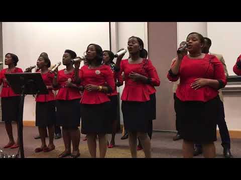 The Light Bearers Wakiimba Ndani Ya Chuo Cha Andrews University-Marekani