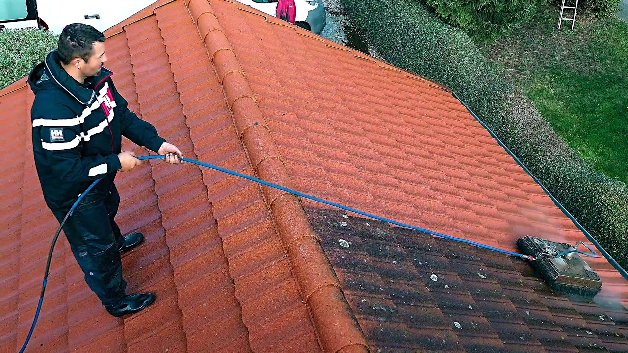 Aqua Jet Roof Cleaning System - YouTube