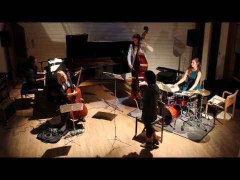 """Ephemera performs """"Ostinato"""" by Sarah Hughes"""