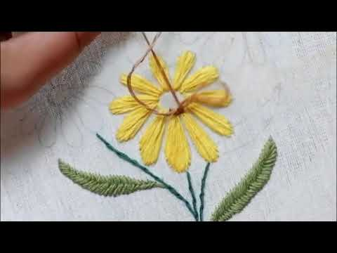 Praktek menyulam bunga