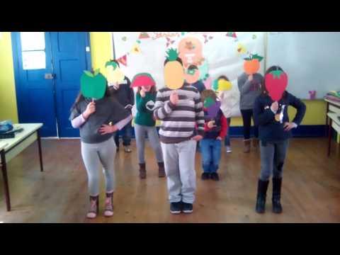 Hino da Fruta 2016/2017 - Turma A - Escola de Vila Fernando - Guarda