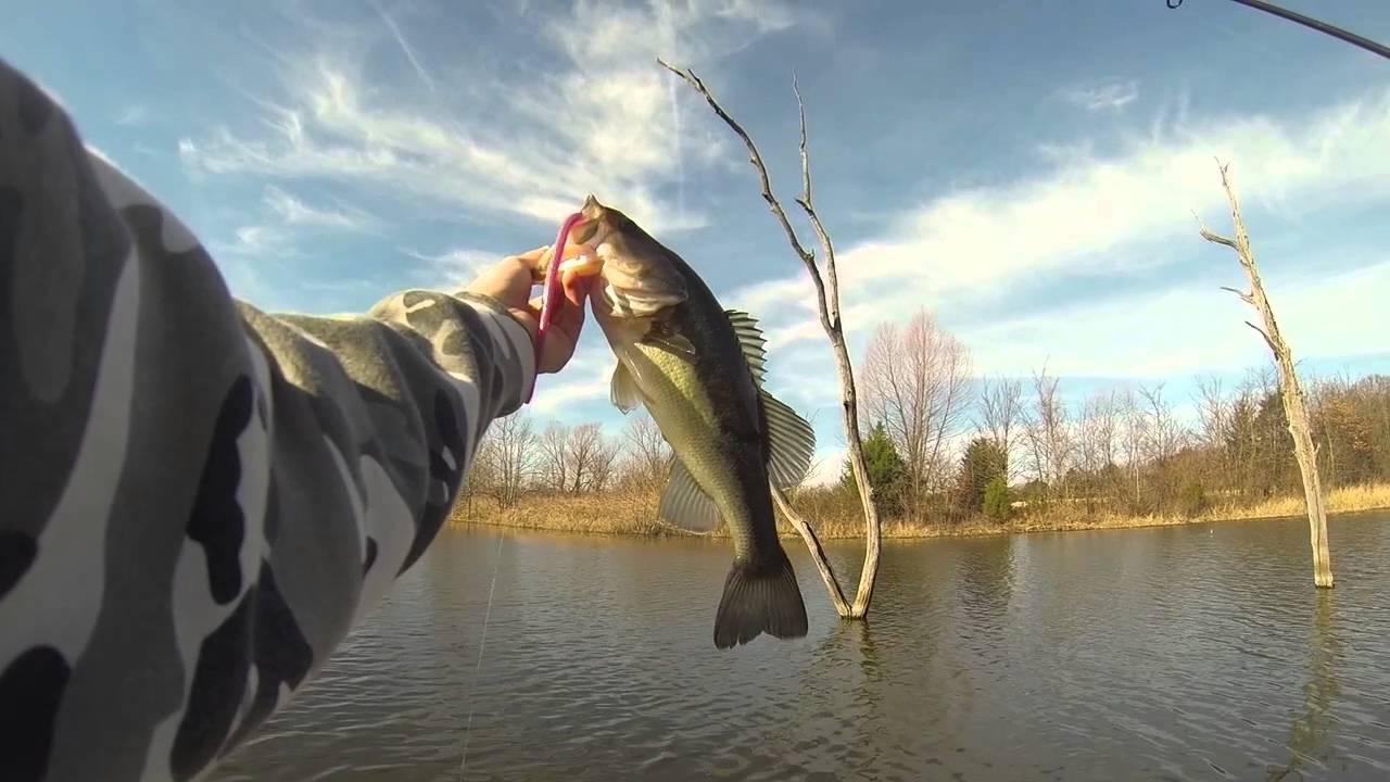 Winter crappie bass fishing gopro youtube for Winter bass fishing