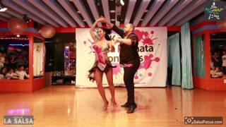 Alex & Desiree bachata salsa Performance  2017 Korea salsa & Bachata congress WE
