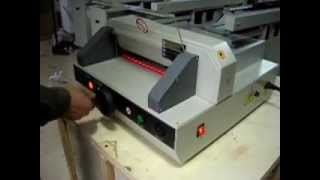 Machine Advantage EPC 3203E Tabletop Electric Paper Cutter, A Portable Paper Cutting Machine