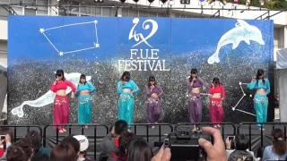 アラビアンなカラフルな衣装で アジアンビューティーな女の子たちが 可...