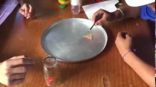 Experimento Barco Movido a Detergente.