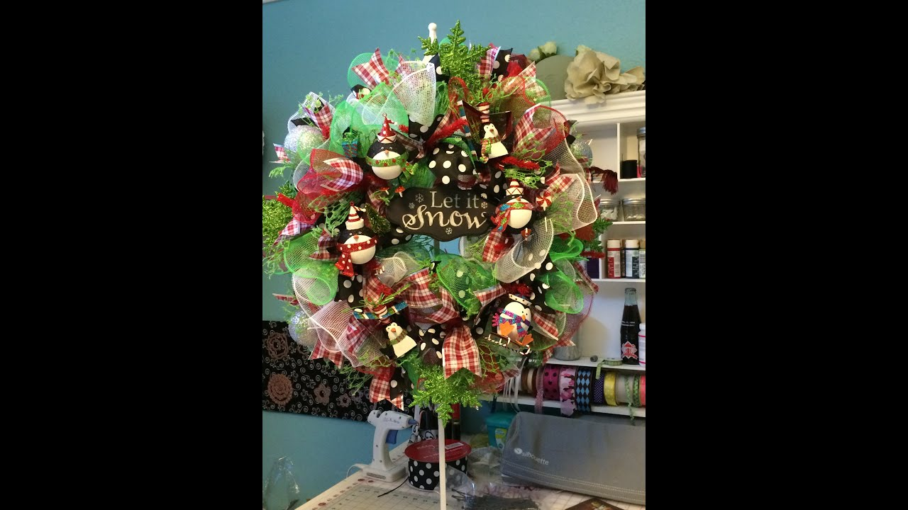 deco mesh ruffle wreath tutorial youtube - Deco Mesh Christmas Wreath
