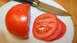 Как заточить нож без камня, точилки и других приспособлений. Заточка ножей(Как легко и просто заточить кухонный нож, если под рукой нет камня, точилки и других приспособлений для..., 2014-10-07T19:20:18.000Z)