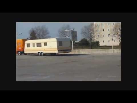 Cirque PINDER à CANNES la BOCCA (06) - parking du stade Pierre de Coubertin