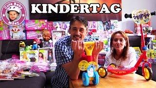 SPIELZEUGE Geschenk Aktion zum internationalen Kindertag & Fantreffen / Kinderkanal