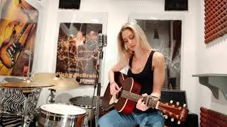Toxic - Britney Spears Acoustic Cover