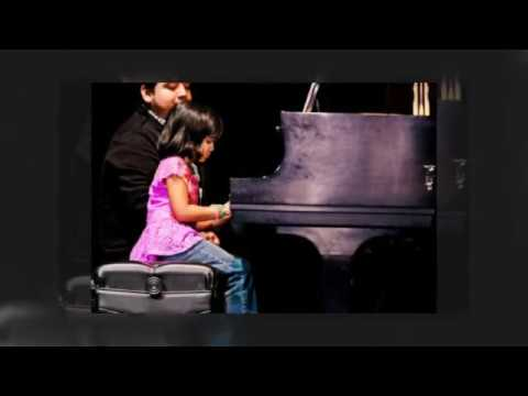 The Importance of Hand and Sitting Position During Piano Lessons