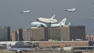 Space Shuttle Endeavour Fly by and landing at LAX (Best video!!)