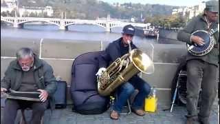 Brige Band на Карловом мосту, Прага, Чехия (Видео Турист)(Видео Турист Brige Band на Карловом мосту, Прага, Чехия (Видео Турист), 2015-04-13T03:19:25.000Z)