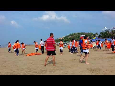 Biển Long Hải cuối tuần đông vui quá 20.01.2018   Viet Nam Travel Guide 2018