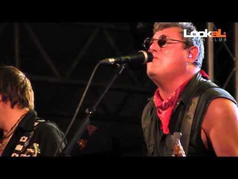 ::: XUTOS & PONTAPÉS - LIVE @ LOOKAL OCEAN CLUB - LUANDA (ANGOLA) // 05.10.2012