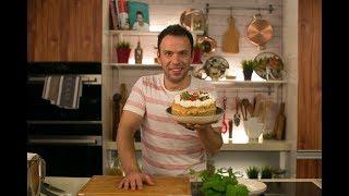 Торт с клубникой и кремом шантили