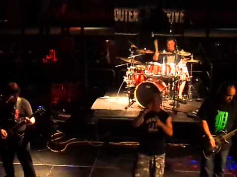 Outer Drive - Happy Live @ Fahrenheit 2015