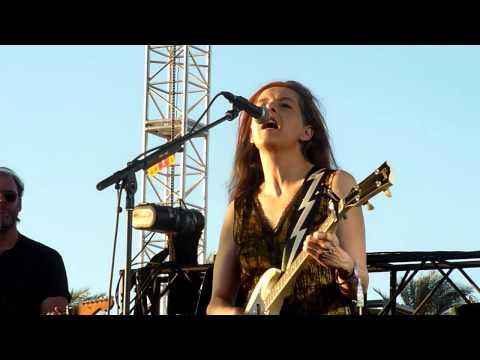 Neko Case - Hold On, Hold On - Live - Coachella