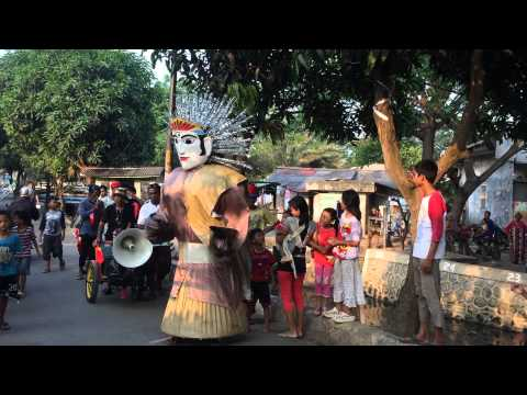 Ondel Ondel Jakarta Keliling Kampung