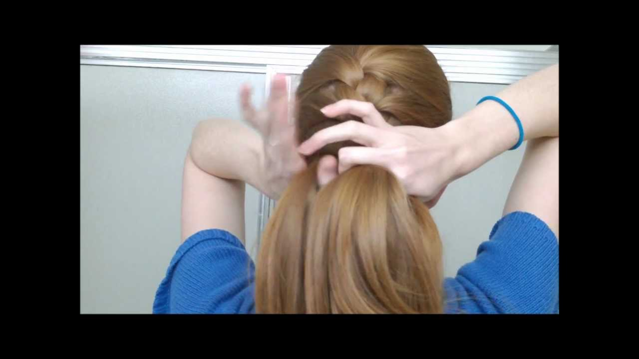 How to french braid your own hair in one part youtube solutioingenieria Gallery