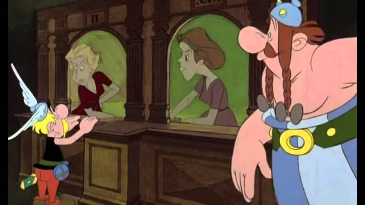 """Asterix l'administration Gauloise """"la maison qui rend fou"""" - YouTube"""