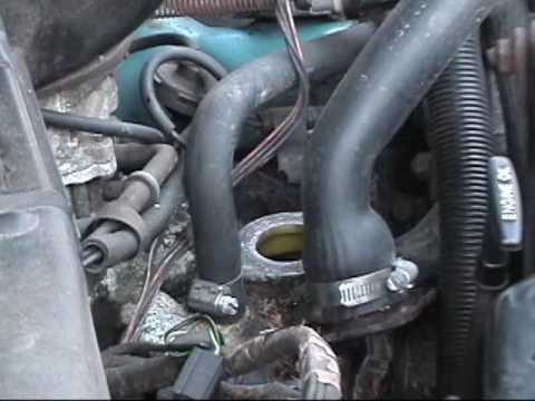 Changing a thermostat in my Dakota - YouTube