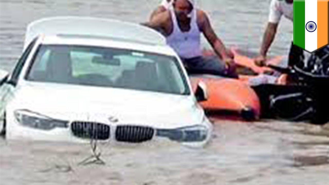 Seorang pria yang marah, mendorong BMW hadiah ulang tahunnya ke sungai. Dia disebut marah karena berharap dihadiahi Jaguar alih-alih BMW. (gambar dari: https://www.youtube.com/watch?v=o2xaCeUQsdo)