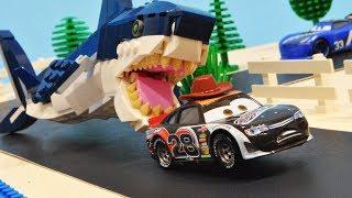Cars 3 : Phil Tankson's Megalodon Shark! - StopMotion