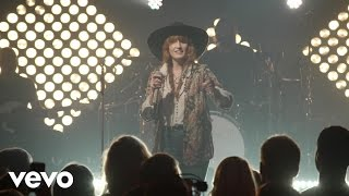 Florence & The Machine — Dog Days Are Over (live)