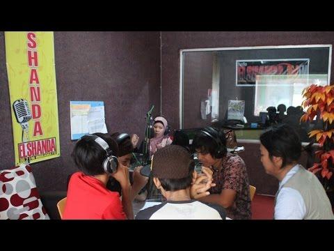 D'wapinz Band - Live Interview Elshanda Fm (Indramayu)