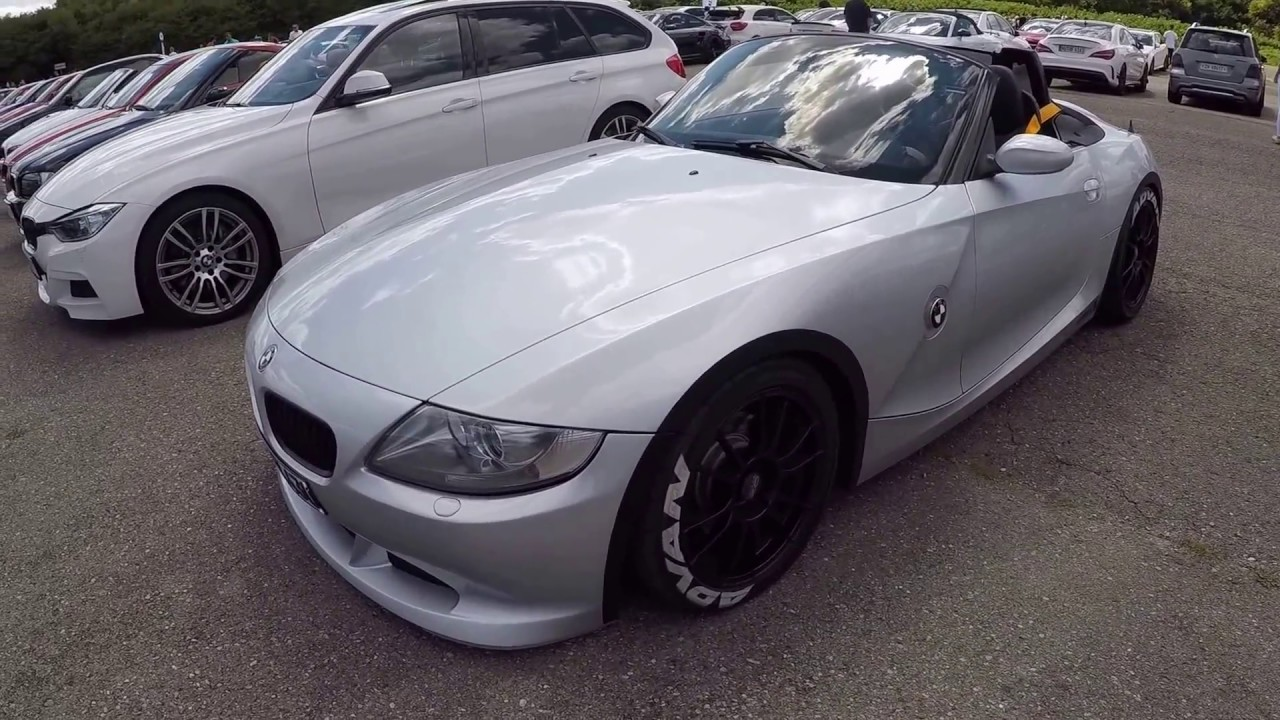 Bmw Z4 Roadster Silver Colour Oz Racing Wheels