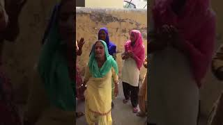 High Rated Gabru Song Village women singing rapp song in village style