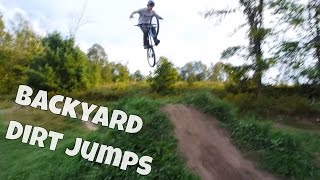 2 minutes in the backyard: Dirt jumping