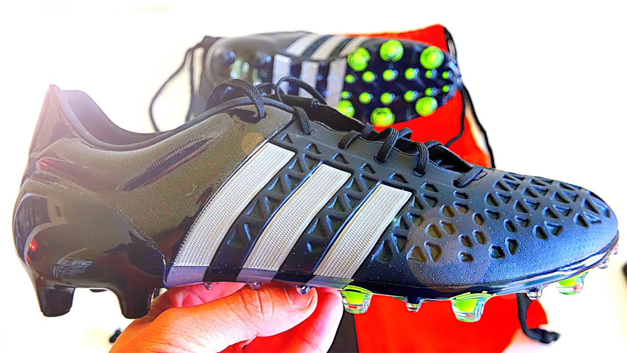 NEW James Rodríguez & Mesut Özil Boots 2015: Adidas Ace 15.1 Reflective Black Unboxing - YouTube