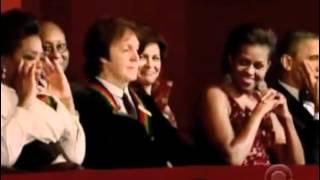 Oprah Rolls Her Eyes at Barbara Walters Annoying Story